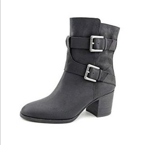 Ralph Lauren $198 Gen Leather Ankle Boots